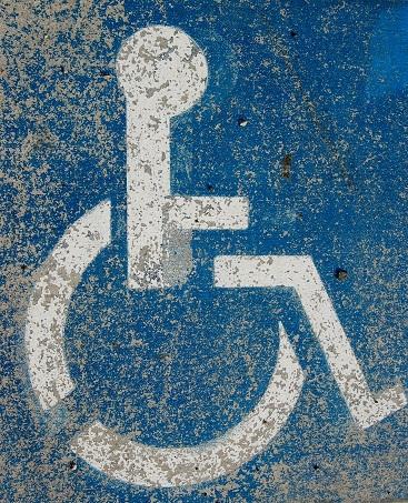 Stanowisko ws. poprawki umożliwiającej osobom niepełnosprawnym nabywanie w aptekach internetowych leków na receptę.