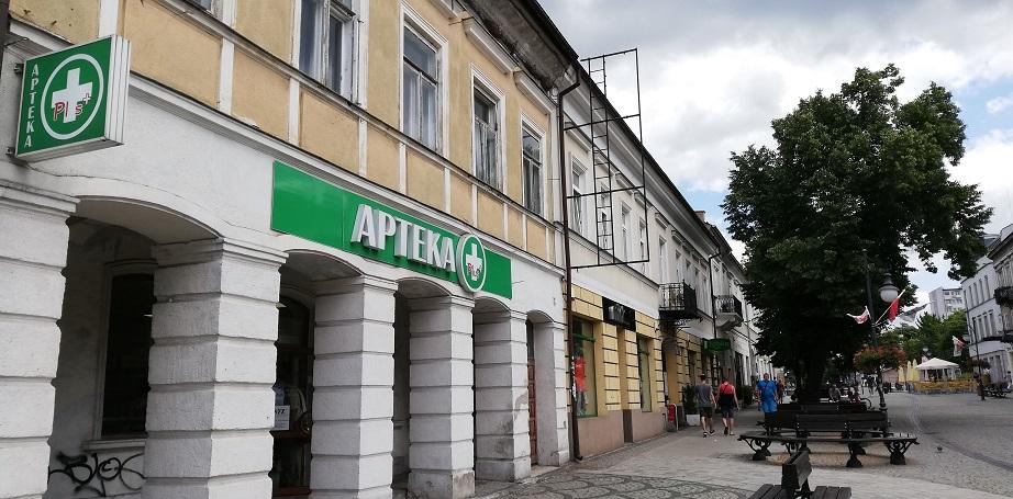 """Money.pl: """"W całym 2019 roku zostanie zamkniętych ok. 450 aptek"""""""